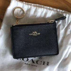 • Coach Leather Skinny ID Case/Mini Wallet